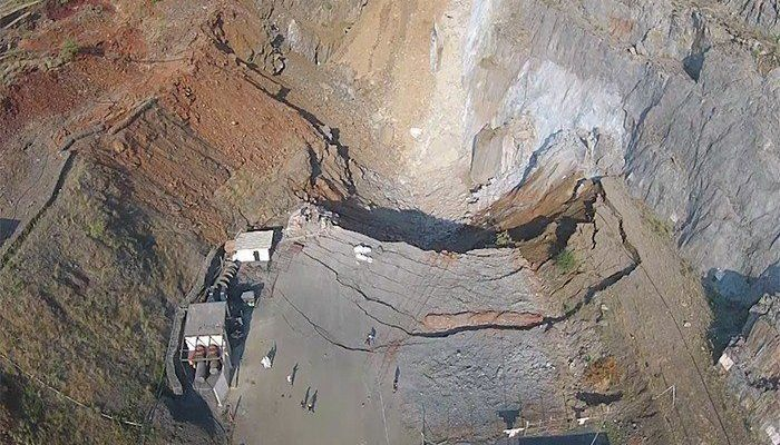 Lilly and Barbrook Mines Barberton Mpumalanga  to reopen